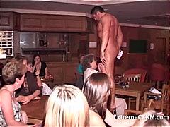 Ознаке: žurka, pušenje kurca, muškarac-go žena-obučena, redaljka.