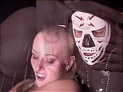 Tag: menage a tre, sesso orale, in auto, rasate.