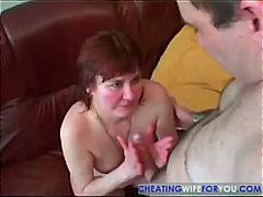 Tags: mājsaimniece, orālais sekss, mātes, gribošie.