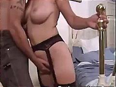 Žymės: fetišas, oralinis, apatinis trikotažas, oralinis seksas.