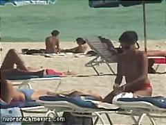 Tags: publiskais sekss, slēptā kamera, bikini, dabā.