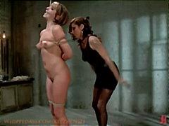 Tagy: otroci, ženská dominancia, robertko, lesbičky.