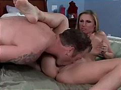 Ознаке: svršavanje, mamare, zadirkivanje kurca, analni sex.