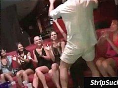 Ознаке: tinejdžeri, divlje, striptiz, hardkor.