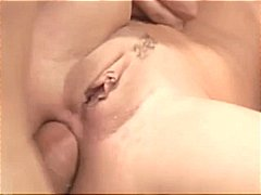 Brunette taylor rain gets two cocks going in each end for a facial.