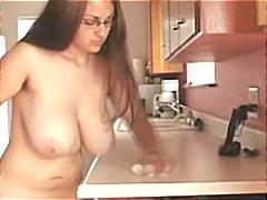 टैग: मिल्फ़, बड़े स्तन, वयस्क.