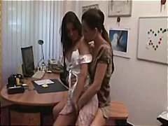 Tags: birojā, ciešās pežas, meitenes, reāli video.