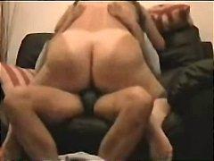 Ознаке: devojka jaše muškarca, debelo, oralni seks, bulja.