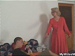 Tags: mammas, orālais sekss, rokas masturbācija, pusmūža sievietes.
