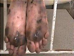 Ознаке: prljavo, fetiš na stopala, vezivanje.
