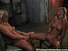 Žymės: lesbietės, porno žvaigždė.