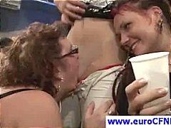 टैग: खुलेआम चुदाई, सेक्स पार्टी.