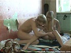 टैग: पुरानी-प्रेमिका, वीर्य निकालना.