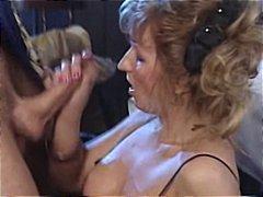 Oznake: žensko spodnje perilo, starejše ženske, analno.