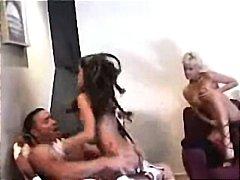 Etichete: in grup, brazilience, sex fara preludiu.