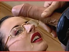 Tags: ejakulācijas tuvplāns, ejakulēšana sejā, pornozvaigznes.