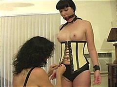 Ознаке: ženska dominacija, lateks, sado-mazo.