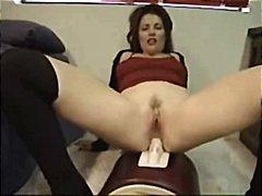 Тагови: бринета, секс играчка, мастурбација.