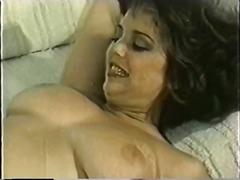 टैग: सदाबहार, आकर्षक महिला, बड़े स्तन.