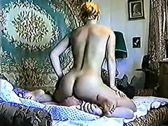 Ознаке: staromodni pornići, lice, ženska dominacija.