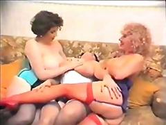 태그: 빈티지, 나이든여자, 큰 가슴.