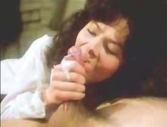 Žymės: spermos šaudymas, subrendusios, vintažas.