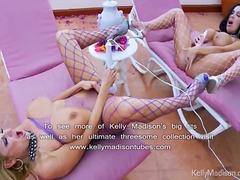 टैग: मिल्फ़, बड़े स्तन, मूठ मारना, खिलौना.