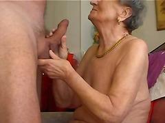 Tag: hisap konek, nenek, amatur.