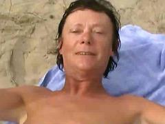 टैग: समुद्र तट, अधेड़ औरत, वयस्क.