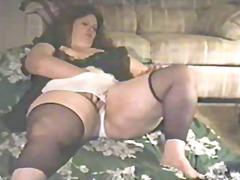 Tagy: tlusťošky, masturbace, amatérská videa.