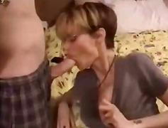 Tags: amatør, moden, sexy mødre (milf), avsugning, suge.