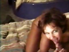 Oznake: grudi, zrele žene, anal.