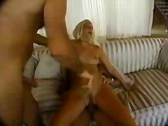Ознаке: hardkor, plavuše, analni sex.