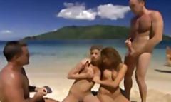 टैग: समुद्र तट, किशोरी, गुदामैथुन.