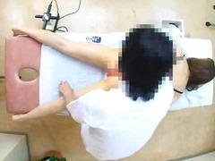Oznake: azijci, masturbacija, skrita kamera, masaža.