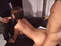 Tag: porno hardcore, gadis, seks dengan orang lain.