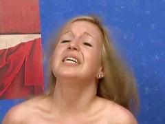 टैग: जर्मन, आकर्षक महिला.