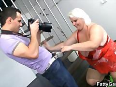 टैग: बड़े स्तन, चूंचियां.