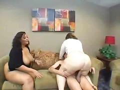 Tags: sekss trijatā, mātes, resnas meitenes.