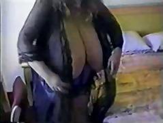 Etiquetes: pits grossos, llenceria, dones grasses (bbw).