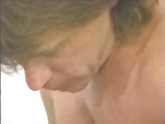 टैग: बड़े स्तन, अंतर्जातीय.