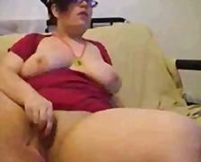 Oznake: masturbacija, spletna kamera, debela dekleta.