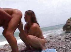 Tags: smagais porno, orālais sekss, pludmalē.