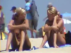 टैग: चूंचियां, गुप्त कैमरा, समुद्र तट.
