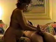 Žymės: oralinis seksas, subrendusios, dideli papai.