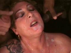 टैग: सामूहिक स्खलन, समूह, बड़े स्तन.