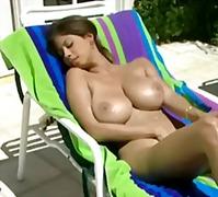 टैग: लैटिन देश की, आकर्षक महिला, बड़े स्तन.