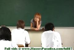 Mesuesja Ne Shkolle