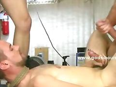 태그: 게이, 신체결박, 엉덩이 때리기, 노예.