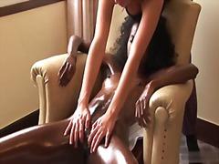 Ознаке: prst, crne, masaža.